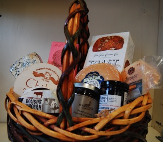 Ottawa Valley Gift Basket Everybody Loves Cheeses